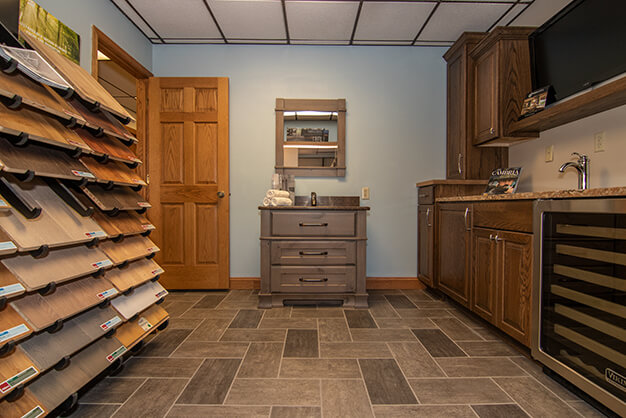 plymouth-cabinetry-design-wisconsin-remodeling-showroom-9396